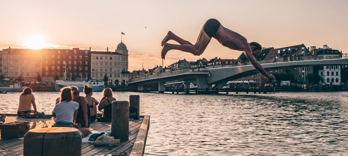 Jump in the harbour